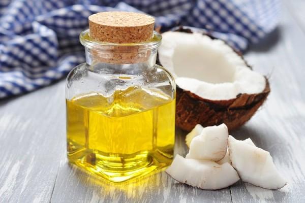 trị viêm xoang bằng dầu dừa