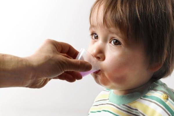 thuốc bổ cho trẻ hay ốm vặt