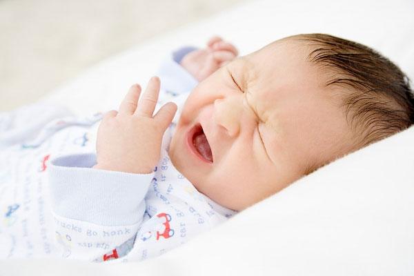 trẻ sơ sinh 2 tháng bị ho